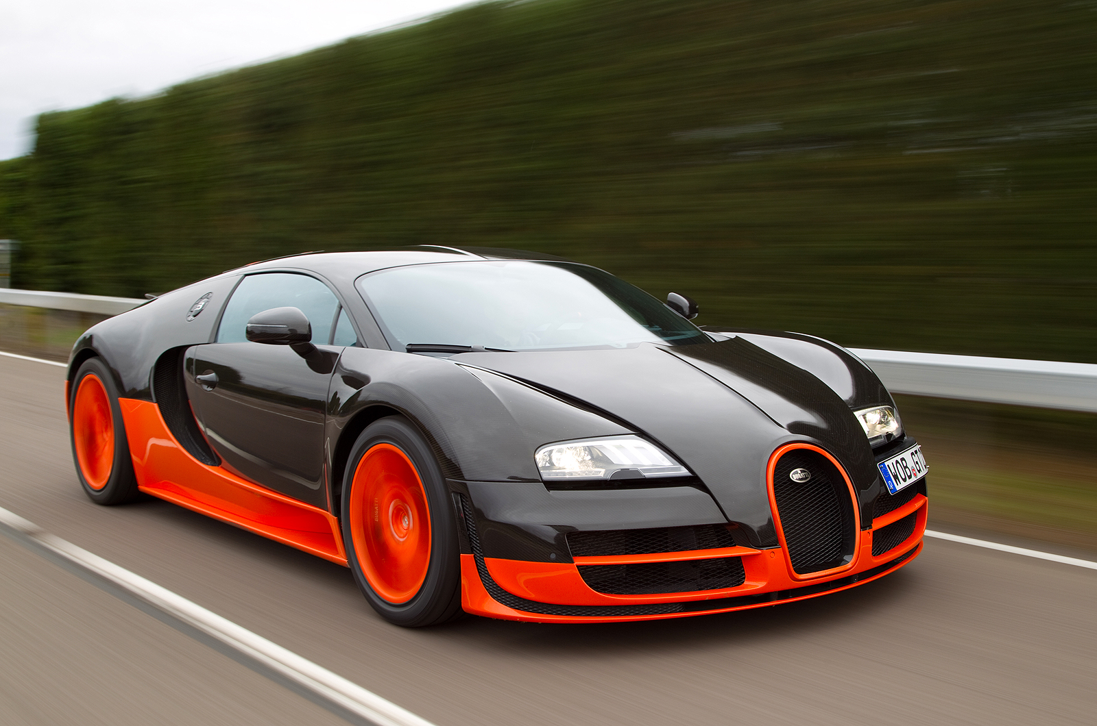 Top 10 Super Fastest Cars in the World
