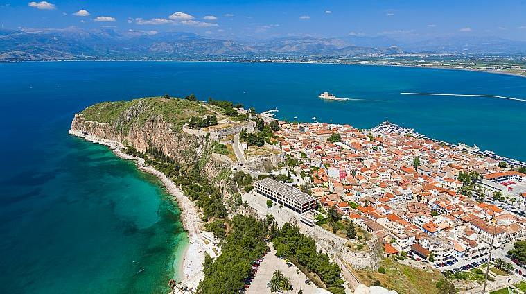 Top 10 Best Places to Visit in Greece
