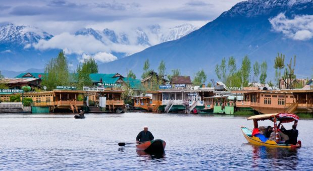 Kashmir Top 10 Best Places to Visit in India