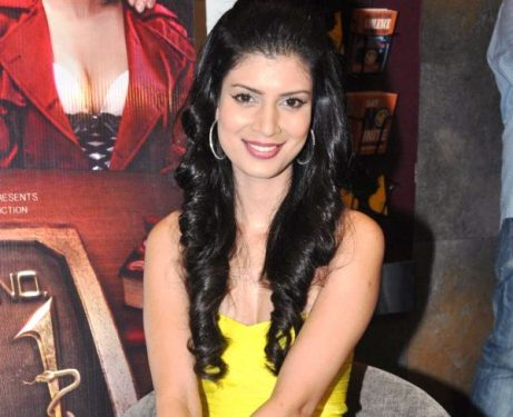 Top 10 Most Sexiest Indian Models of Current Time