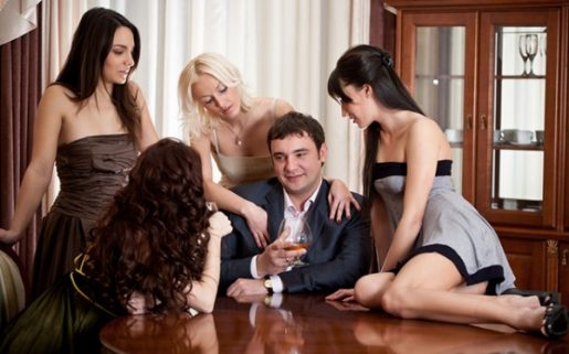 Top 10 Tricks to Attract a Woman for Relationship