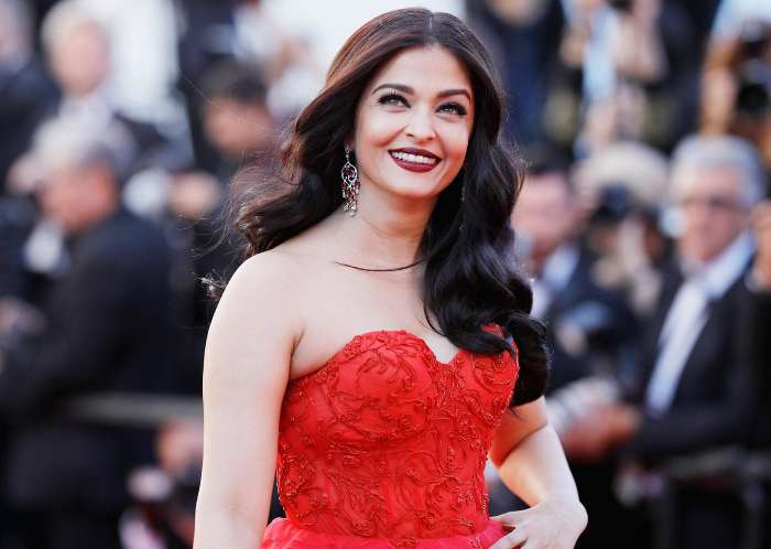 Top 10 Richest Bollywood Actresses 2020 - Top 10 About